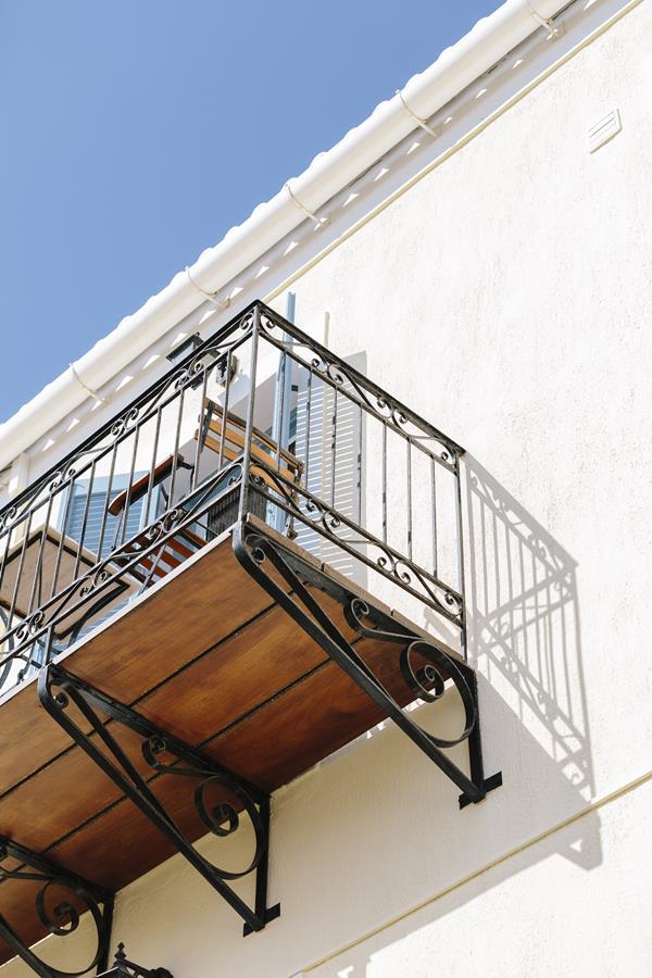 ξενώνας niriides - niriides-spetses.gr