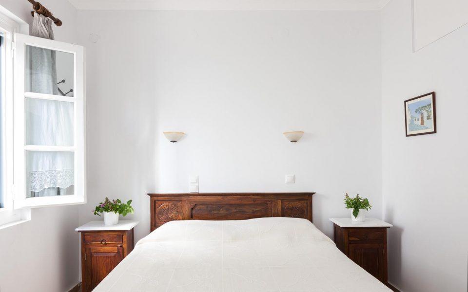 Triple Room | Niriides Guesthouses | Ntapia Spetses