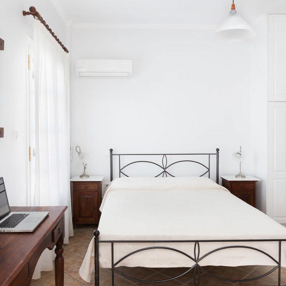 δωματια στις σπετσες - niriides-spetses.gr